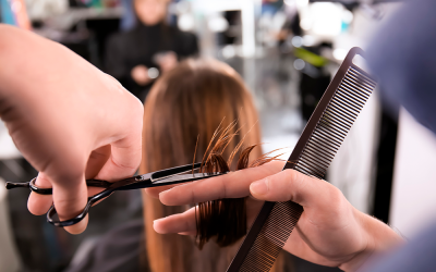 WHEN TO CUT YOUR HAIR